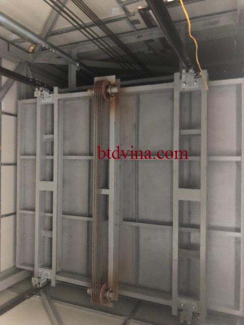 Lắp đặt thang tải hàng 2000kg