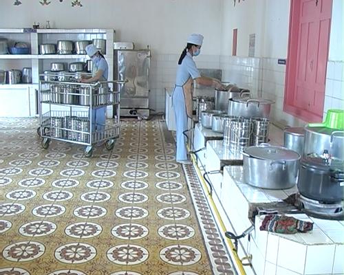 Lắp đặt hệ thống bếp công nghiệp cho trường học