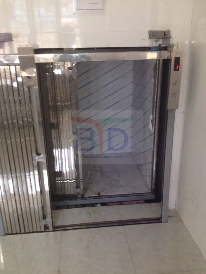 Thang máy tời thực phẩm 300kg tại Hải Phòng