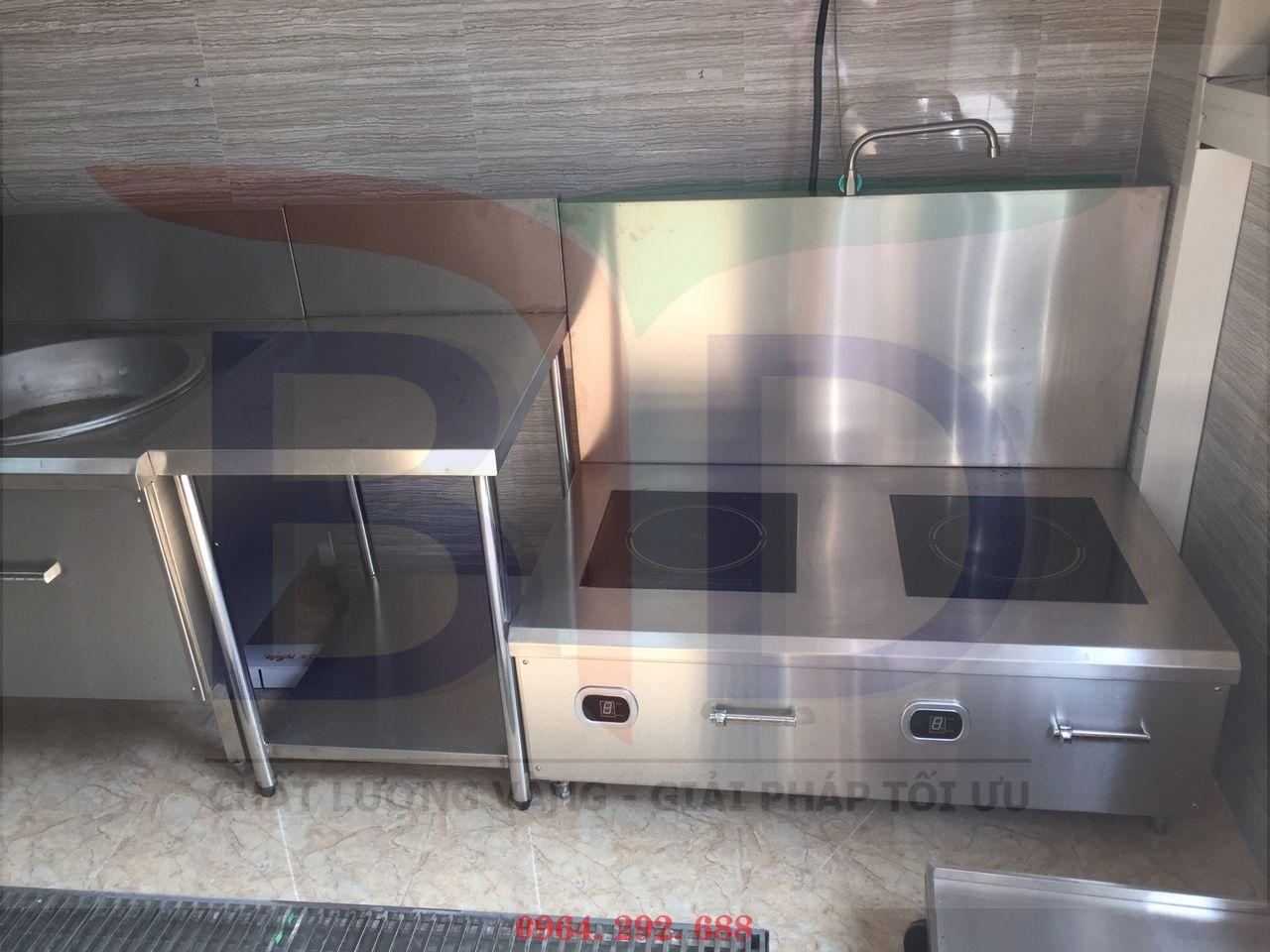Hệ thống bếp từ công nghiệp cho bếp ăn nhân viên