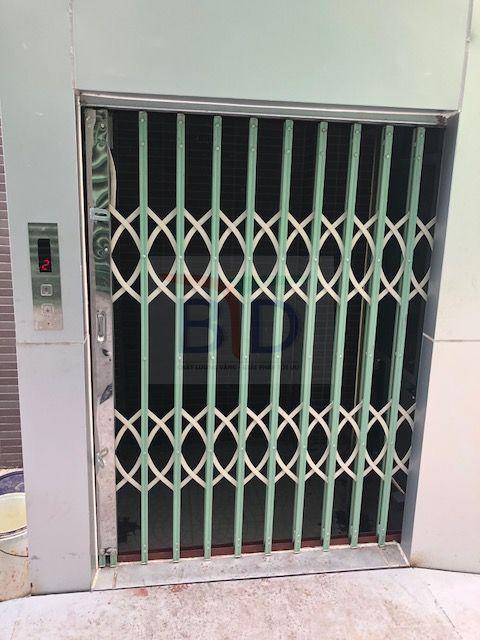 Lắp đặt thang máy tải hàng tại nhà máy tôn Hòa Phát