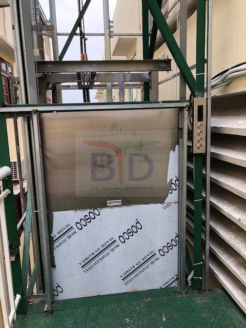 Thang máy tời thực phẩm 150 kg - 200kg tại Hà Nội