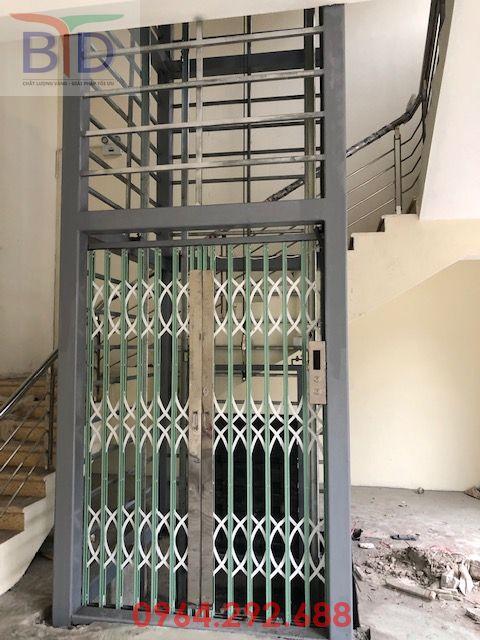 Lắp dựng thang máy chở tài liệu 300kg- 2 stops cho Bộ Công An