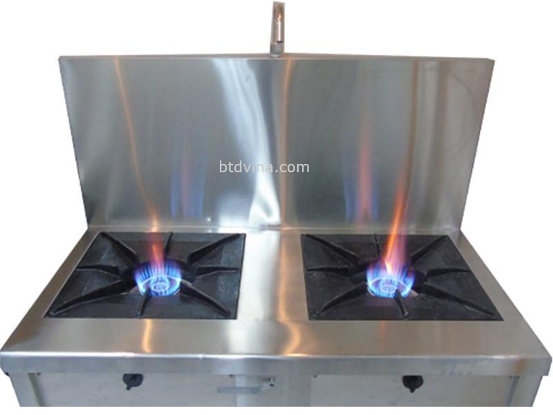 Bếp Á 2 họng được làm từ inox có độ bền cao